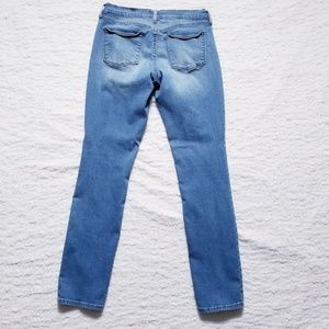 Old Navy Jeans - The Flirt Skinny Factory Ripped Jeans by Old Navy
